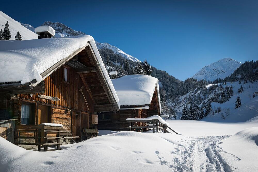 Fototapety góry – jak urządzić pokój?