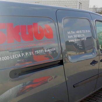 Oklejony samochód firmy Skuba Białystok