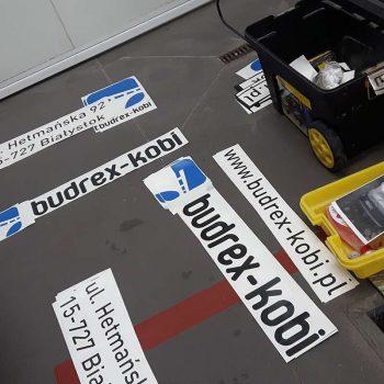 Przygotowane naklejki do oklejania samochodów Białystok