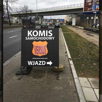 Stand reklamowy komisu samochodowego Białystok