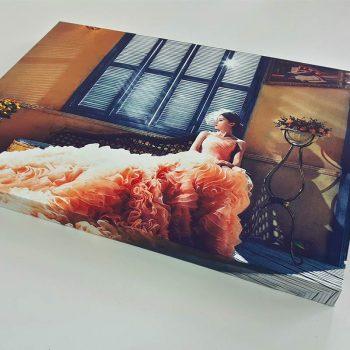 Pudełko z reklamą sukni ślubnej Białystok