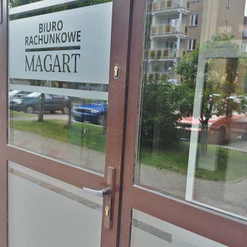 Reklama drzwiowa biura rachunkowego Białystok