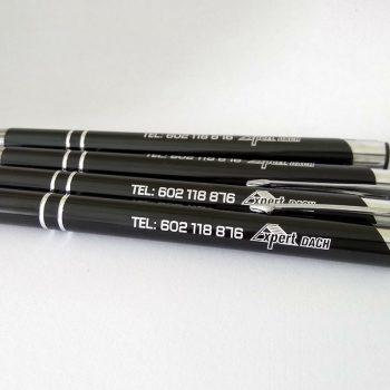 Długopisy czarne z białym nadrukiem studia graficznego Białystok